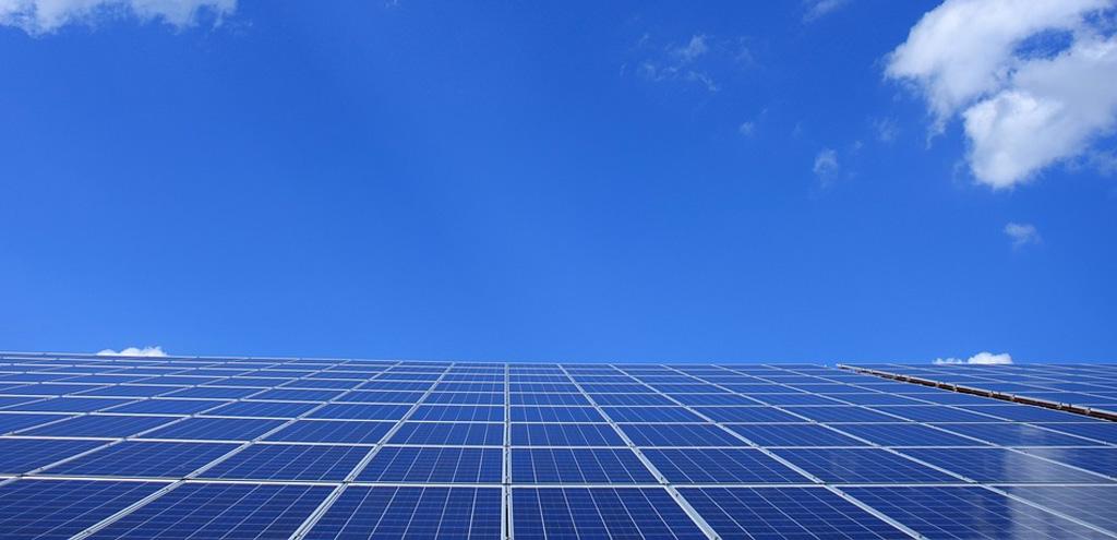 Energía solar cielo